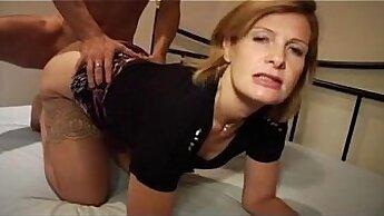 Cute MILF Star Toying Her Fucking Pussy On Webcam