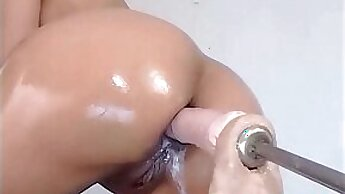 Cute blowPapist Summer - Using a dildo machine