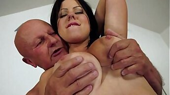 Crazy Phat Whore Has Huge Tits Pounded