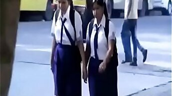 Ardent Indian lesbians eat pussies with excitement