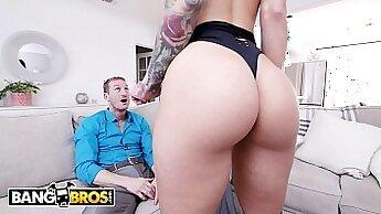 Blonde Katrina Jade Rides a Chick In Counter Oktober Nudist