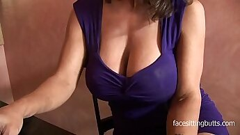 Cougar Perfect Poses And Gets Off In Booty Shorts
