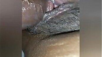 Amateur FBM couple asses sucked into pussy