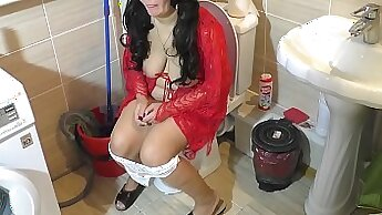 Busty mature Mother Fucking the Cute Five