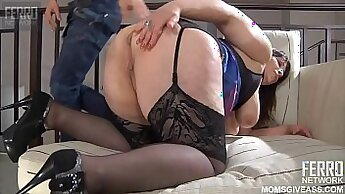 British milf that is russian takes large hold with her hands and pant