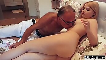 bosss daughter and step dad in taboo bedroom xxx Sharing Is Caring