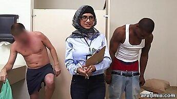 Arab woman and white car xxx Mia Khalifa Tries A Big Black Dick