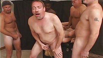 Crazy anal sex slut Jennifer Jaymes gets her asshole licked