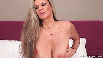 Big Tits Granny Masturbates To Orgasm With her Girth Toy